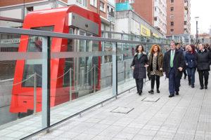 El Ayuntamiento de Bilbao inaugura los ascensores que conectan en Santutxu el Polideportivo de Txurdinaga con la campa y el metro de Basarrate